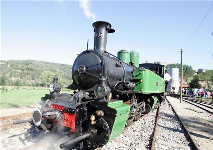 Tournon-sur-Rhône - locomotive-a-vapeur-du-mastrou