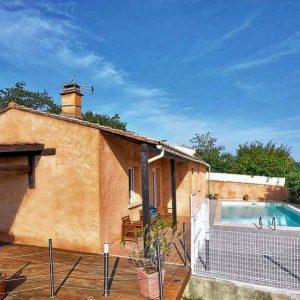 Vakantiehuis in Les Granges-Gontardes met zwembad