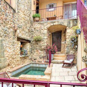 Vakantiehuis in La Bastide-d'Engras met zwembad