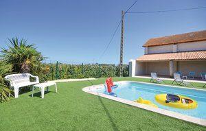 Vakantiehuis In Le Sambuc | Ardèche camping in Provence-Drôme-Ardèche
