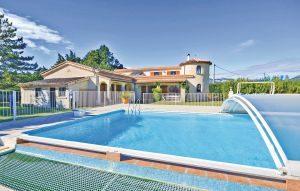 Vakantiehuis In Aubignan | Ardèche camping in Provence-Drôme-Ardèche