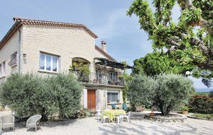Vakantiehuis In Caromb | Ardèche camping in Provence-Drôme-Ardèche