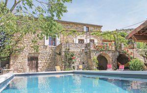 Vakantiehuis In Rochecolombe | Ardèche camping in Provence-Drôme-Ardèche