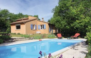 Vakantiehuis In Mayres | Ardèche camping in Provence-Drôme-Ardèche
